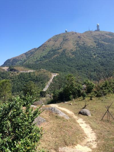 やっぱり山登り!香港最高峰タイモーシャン その1