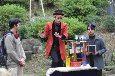上野公園で大道芸を見た