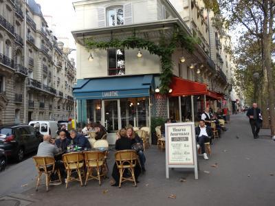 パリ アパルトマン滞在記(1)ビクトルユーゴ通りのアパルトマン