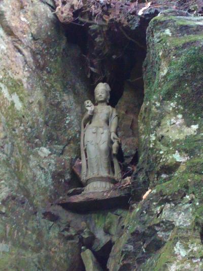 神通滝から札所の焼山寺へ