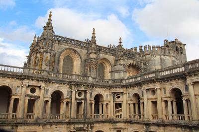 ポルトガル テンプル騎士団によって創建された教会があるトマール