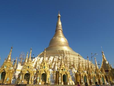 神秘の国ミャンマーで遺跡巡りの旅 その4-2 〜 超巨大シュエダゴンパゴダ!眩く光る黄金の仏塔に眼がくらむ! 〜
