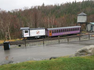 風雨霧の中のワシントン山アブト式(Cog Rail)登山鉄道乗車記