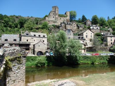 フランス南半分の旅 【12】 ベルカステル村散策とお城訪問