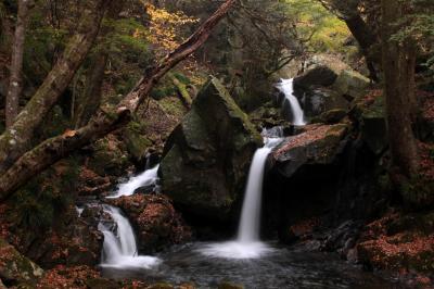 ◆みちのく最南端・名残り紅葉の滝川渓谷 、2017、Part1