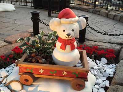『東京ディズニーシー』の2017「クリスマス・ウィッシュ」 ③ 一般の方は入れないTDSのラウンジはフリードリンク&期間限定デコレーション♪ ダッフィー&シェリーメイも登場するミュージカルショー「パーフェクト・クリスマス」、「カラー・オブ・クリスマス」、「スターブライト・クリスマス」