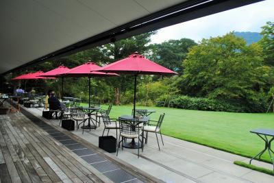 88歳の父と83歳の母を連れて箱根仙石原へ。その1 ホテルにチェックインして昔好きだった釜めし屋さんで夕食。大好きな美術館のレストランで朝食。