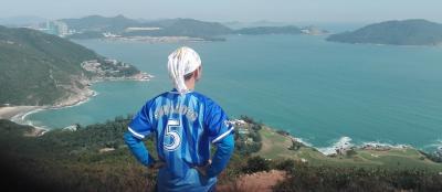 香港島の龍脊を歩いた。