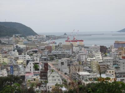 奄美の3日間(13)おがみ山行幸広場からの眺め。