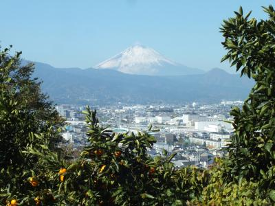 富士山を横目に散歩