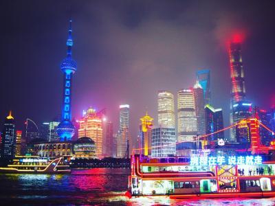 (ほぼ)日帰り上海@食べ歩きとカラフル夜景