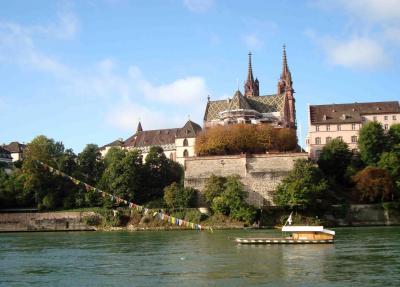 2017 秋の欧州7か国の旅(9) バーゼル大聖堂、「ダヴィンチの渡し舟」、聖アルバン地区(紙の博物館)