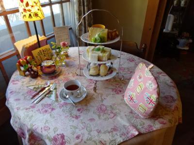 三重県関宿の英国紅茶の店アールグレイ、本物の英国式アフタヌーンティー