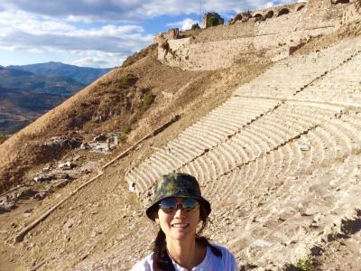 ベルガモン王国の都跡、断崖絶壁にあるローマン劇場は必見!