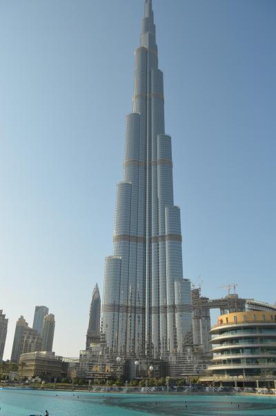 ドバイ、巨大水族館や世界一の高層建築