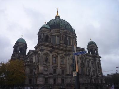 プレエコで行く、ポルトガル・北スペイン・ドイツの旅(9)ベルリン大聖堂とポイントチャーリーに行こう