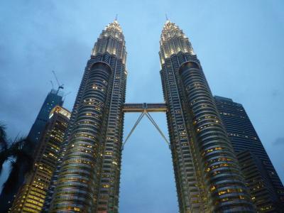 マレーシア、KLタワー夜景観賞とチャイナタウン散策