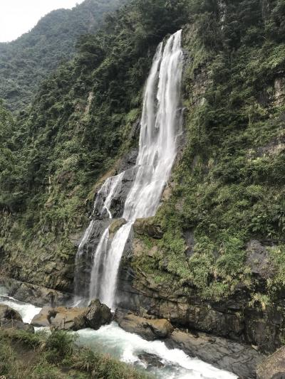 烏来に行ってみました。(烏来:ウーライ とは泰雅語で温泉の意味だそうです)