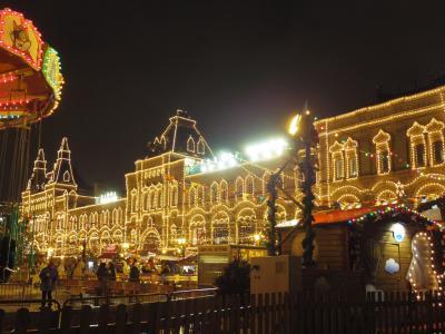 12月のモスクワ&サンクトペテルブルク   2日目:モスクワ クレムリン・赤の広場 クリスマス飾りのグム百貨店