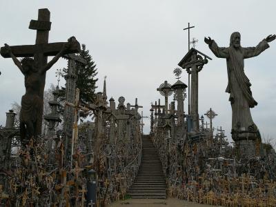 麗しの東欧 Vol.7 トラカイ城、杉原記念館、そして訪れたいと願い続けた十字架の丘