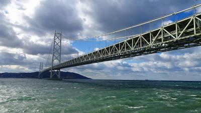 神戸ルミナリエ鑑賞の旅(13) 明石海峡大橋 舞子海上プロムナードで昼食 上巻。