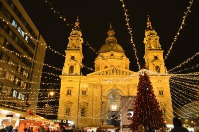 クリスマスシーズンの中欧4都市 野郎一人うっとり旅【1】ハンガリー・ブダペスト