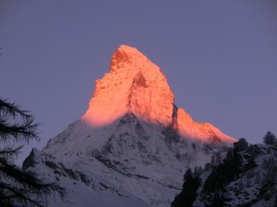 2017GW スイス31:ツェルマット 日の出の時間のマッターホルン