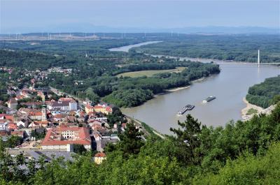 オーストリアの歴史を訪ねて(4)。 ハインブルクからマルヒフェルトへ