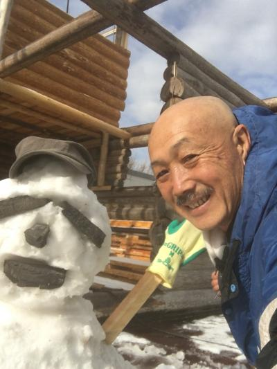 秋祭り、ログハウス制作などたくさん仕事が待っていますよ。 でも日本はいいですね。