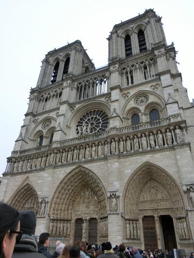 パリの最終日(5日目)、ヴェルサイユがお休みで予定変更