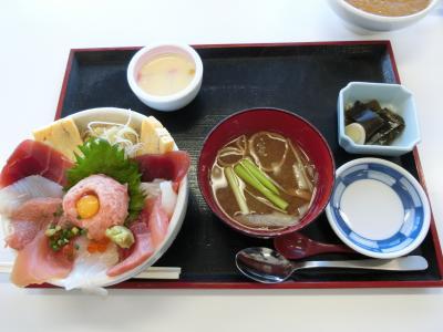 施設暮らしの義母を連れ、銚子から犬吠埼、成田へ。その1  銚子港で朝食を戴き、銚子電鉄を見て飯沼観音へ。