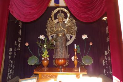 清水寺の十一面千手観音像