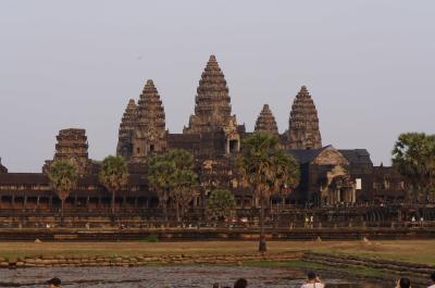 カンボジア 家族旅行よアンコール(ワット)!!