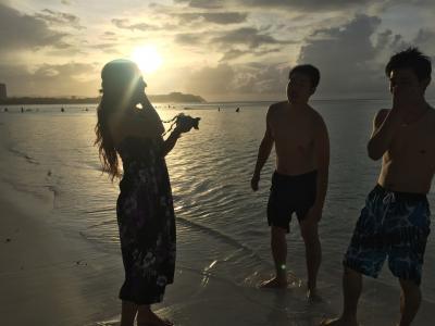 グアムの夕暮れビーチ
