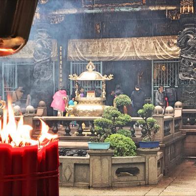 友人と3人で台湾2泊3日・3日目 龍山寺でお参りして帰国
