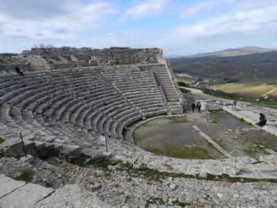 初めてのシチリア その2、 セジェスタ・未完の?神殿~サテュロスとの再会を果たすまで