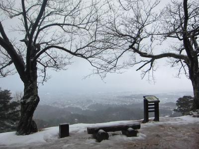 '18 長野・新潟100名城&グルメ旅22 突然雨と雪が降ってきた春日山城