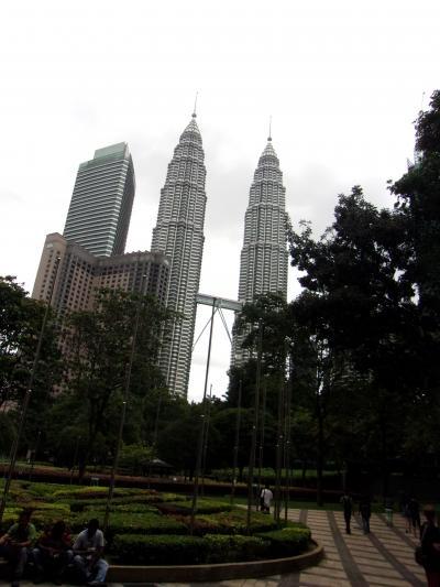 還暦過ぎ夫婦世界一周マレーシア、ツインタワーのスリアKLCC
