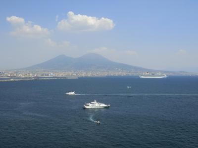 MSCファンタジアによる地中海クルーズ7泊8日(3日目:イタリア・ナポリ入港)