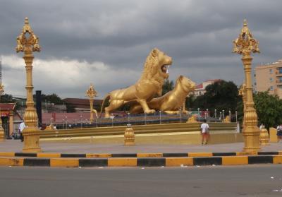 カンボジア世界遺産一人旅(その4)シアヌークビル⇒ロン島⇒プノンペン