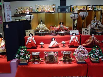東武百貨店で雛人形販売会を見る