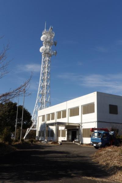 富士山のビューポイントにある電波塔