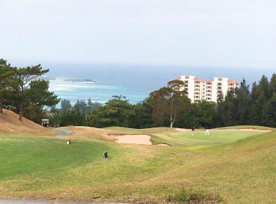うるるん沖縄滞在記2017/12★第2日目②★『ジ・アッタテラス ゴルフリゾート』は遠くに海が見える、女性にやさしいゴルフ・コース♪