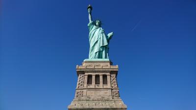 世界一周旅行(18-2)ニューヨーク:念願の女神の中へ