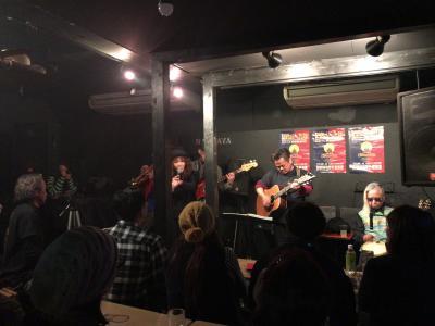 一瞬の大阪、難波屋で西成ジャズ、今日もなべやに振られながらの西成ナイトツアー