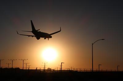 【2018海外】土日&火でクアラルンプール2往復とロサンゼルス1往復。#02 日曜のLA編 LAXヒコーキ見物