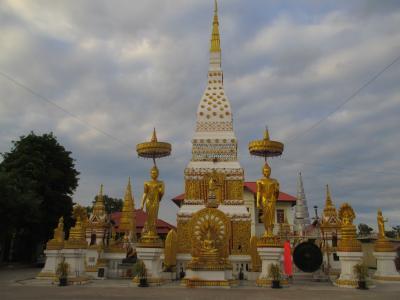 タイ・イサーンと南部ベトナムの旅(11)         ナコーン・パノムとタート・パノム