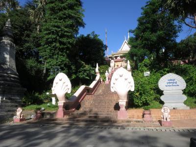 念願のアンコールワット その2プノンペン市内観光ワットプノン
