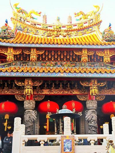 横浜中華街b 関帝廟 *中国産の華麗な装飾 ☆参拝は特異な作法で
