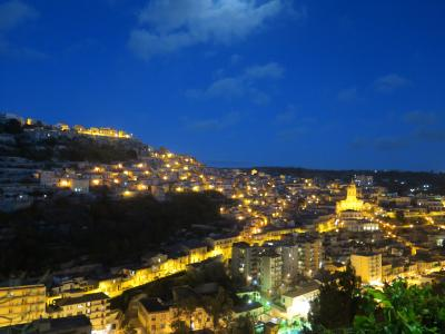 初めてのシチリア、その3.  モディカで見たいと思っていたのは、この景色!